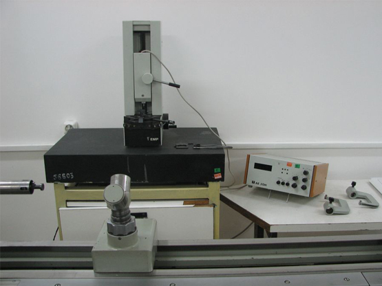 Comparator-electronic